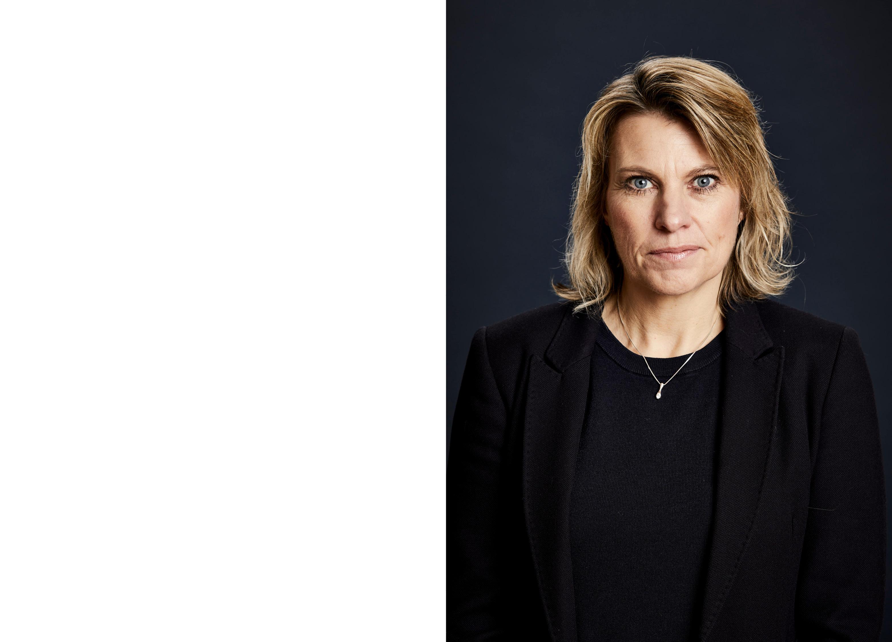 Company Shop Group Portraits - Sally Wake