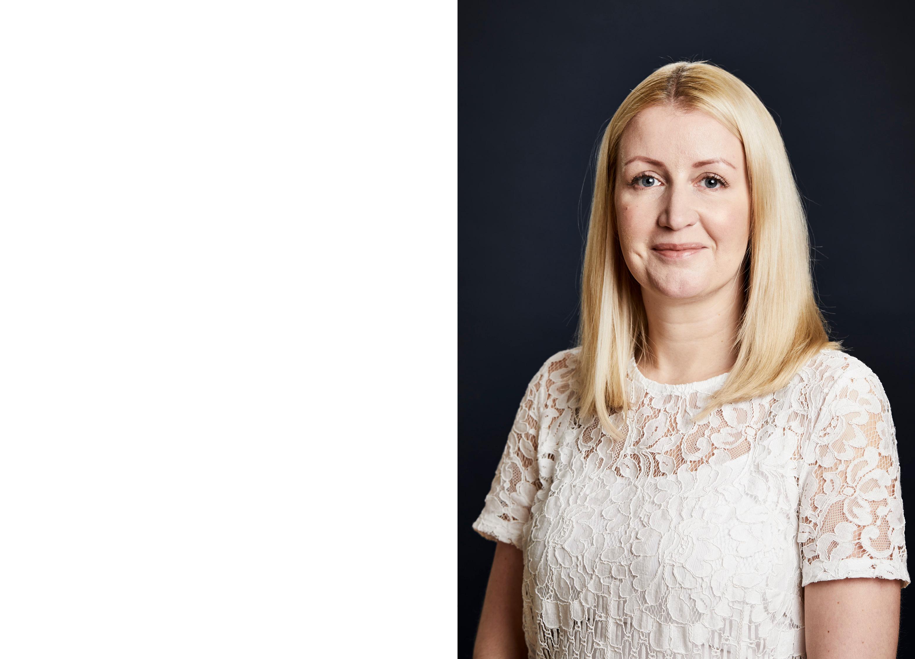 Company Shop Group Portraits - Steph McGinty